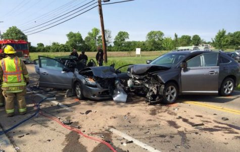 Texting while driving is suspected cause of crash (Image courtesy of car accident blog)
