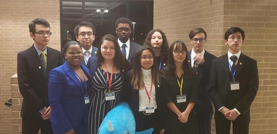 Lake Ridge Academic Decathlon will test their knowledge at the state competition
